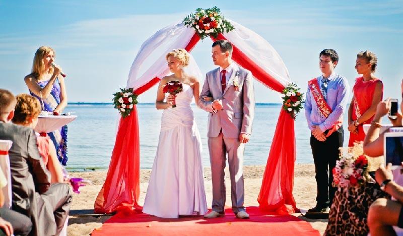 оформление выездной церемонии на свадьбу в красном цвете: оформление свадьбы в красном цвете