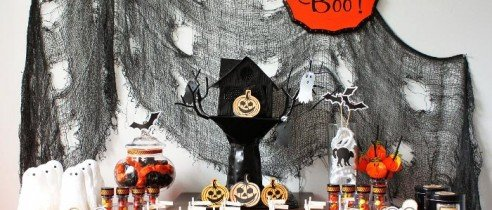 halloween haunted house witch party ideas spooky desserts tables pumpkin cake pops halloween fall black cat spook ghosts costumes cupcake party supplies partyware11