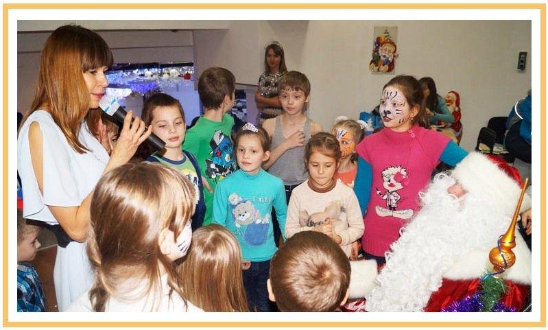 фото проведения нового года в начальной школе: заказать Деда Мороза и Снегурочку в школу